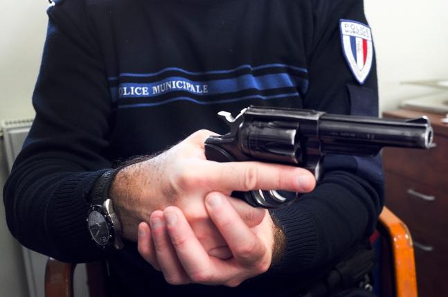 Arme-police-municipale-revolver